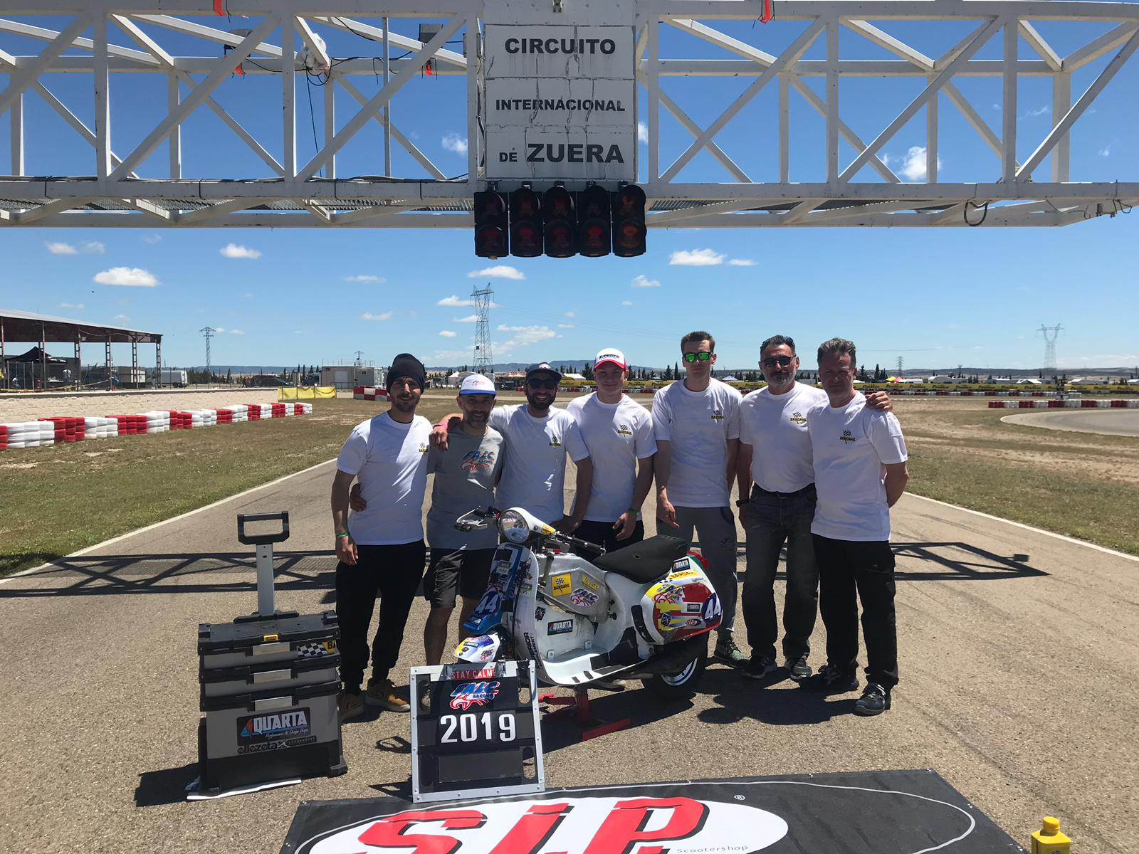 Vespa The Resistance 2019 in Zuera - Falc Team Sponsoring