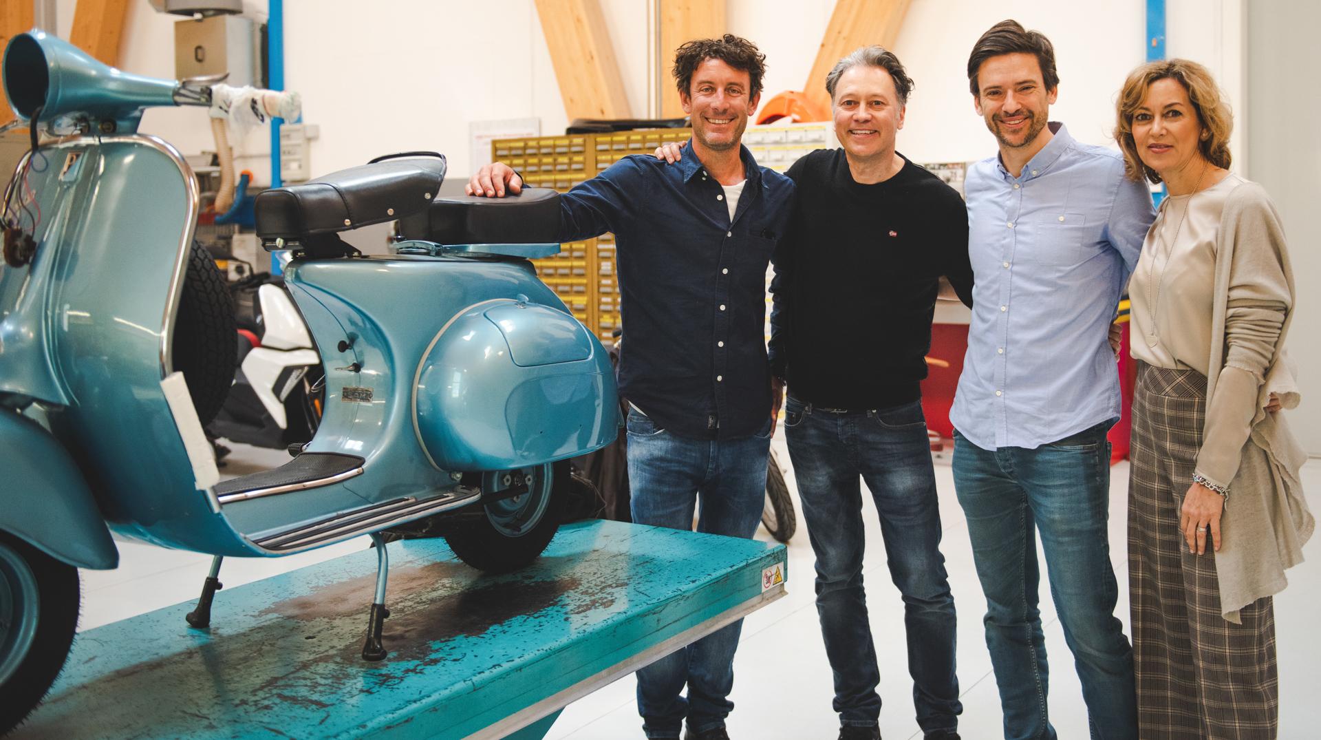 Geschäftspartner und Freunde: (von li. n. re.) Ralf, Andrea Malossi (Chef Entwicklung), Alex und Alessandra Malossi (Leitung Marketing & Vertrieb).